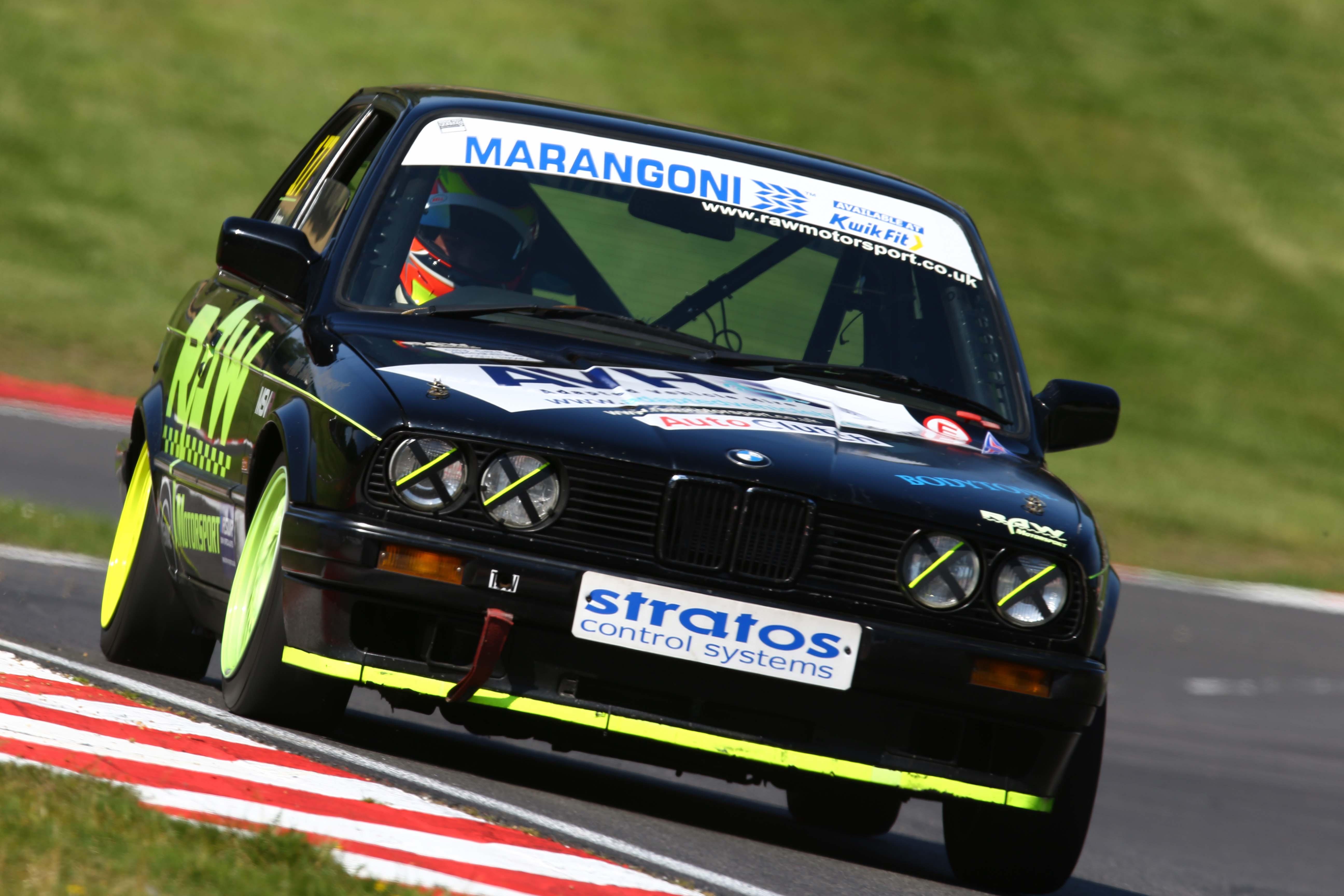 464Brands Hatch 2012