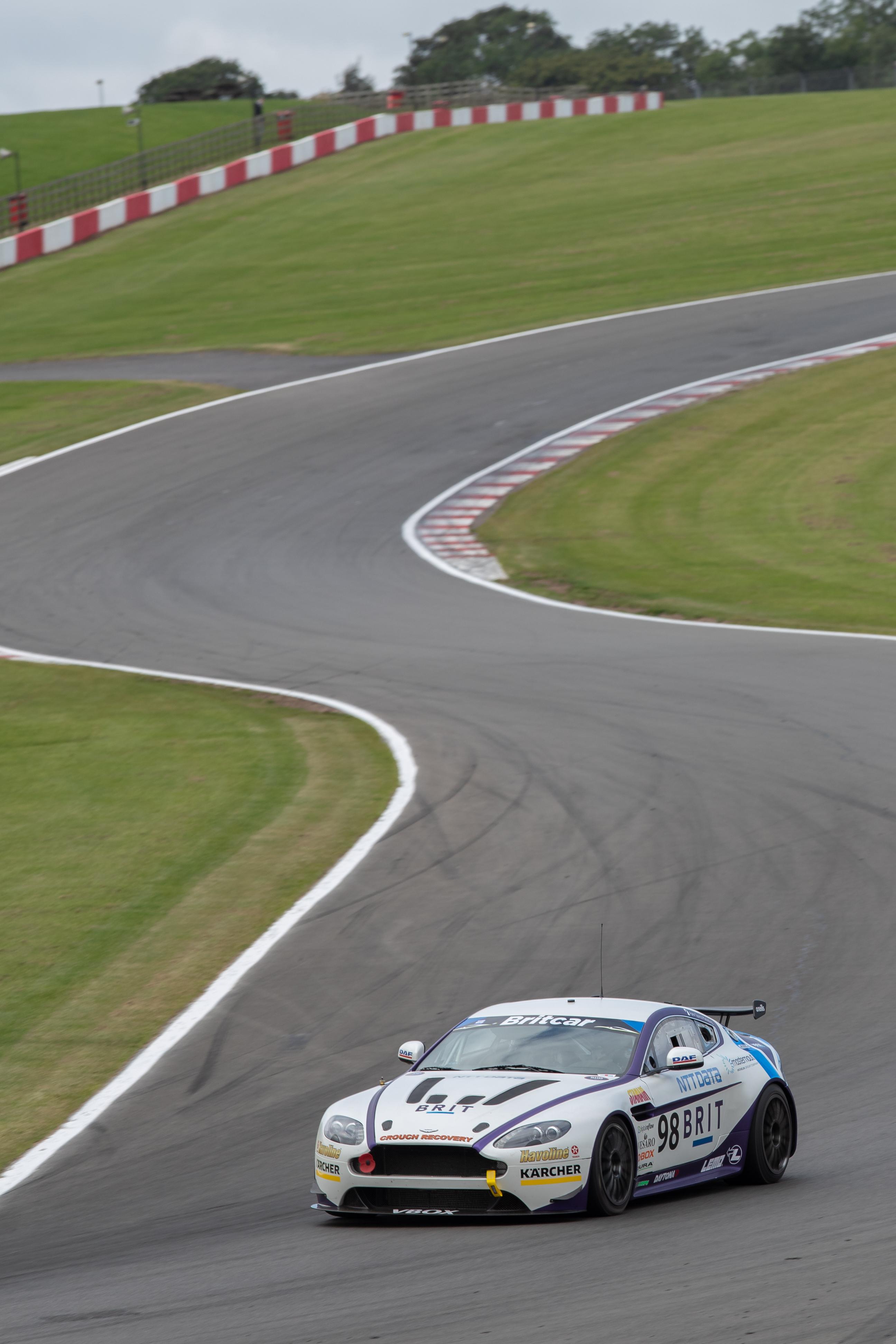 1091Team BRIT Aston Martin Vantage